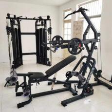 Levergym minigimnasio multigimnasio home gym profesional polea alta y polea baja para ejercicios con banca de pecho